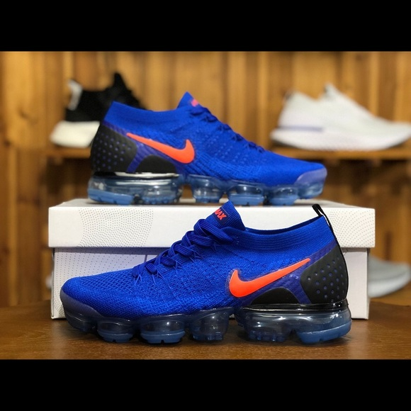 the best attitude ad89f b14fb Nike Air VaporMax Flyknit 2 Racer Blue/Total Crims
